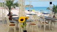 Плаж и бар на плажа